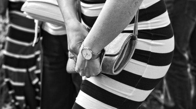Co nosí ženy ve své kabelce aneb tajemství odhaleno