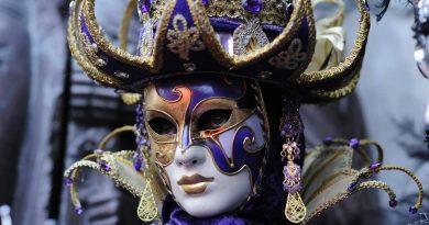 Nejznámější masky a kostýmy benátského festivalu