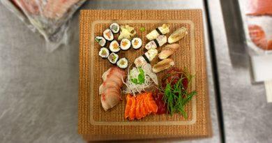 Sushi se rozváží až domů. Lidé o rozvoz mají stále větší zájem